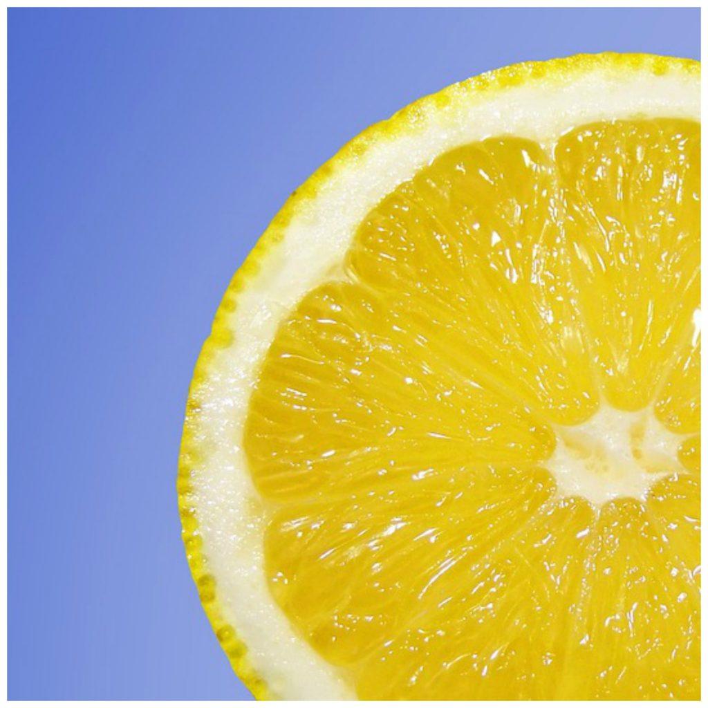 Vitamin C for adrenal glands