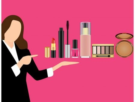Toxic makeup list - 5 products to get rid of
